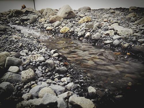 """奥利弗尔·埃利亚松(Olafur Eliasson)""""河床"""""""