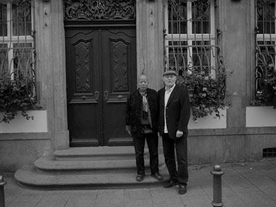 2011年在法兰克福歌德故居,门前