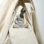 Yang Zhongyi杨忠义《忏悔》(白) Confess 雕塑装置 Sculpture by Textile 122 x 22 x 64cm 2015